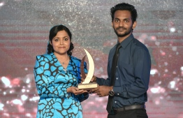 Moosaa Rasheed (Avas) wins Journalism Award for Political Category, beating out Fazeena Ahmed (Mihaaru) and Nazim Hassan (Avas) / PHOTO: MIHAARU