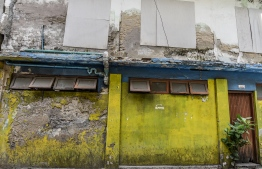 Buildings in disrepair in Male' City. PHOTO: AHMED NISHAATH / MIHAARU