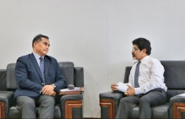 Commonwealth Asia-Pacific Advisor Albert Marina (L) and Foreign Secretary Abdul Ghafoor Mohamed. PHOTO: MINISTRY OF FOREIGN AFFAIRS