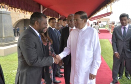 Colombo, February 5, 2019: Sri Lankan President Maithripala Sirisena greets the Maldivian delegation during the ceremony held to officially welcome Maldivian President Ibrahim Mohamed Solih and First Lady Fazna Ahmed on their first state visit to Sri Lanka. PHOTO/PRESIDENT'S OFFICE
