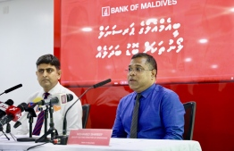 Deputy CEO and Director of Operations Mohamed Shareef (R) and Director of Business Kuldip Paliwal (L) at the press briefing held to announce changes in loan packages. PHOTO: Bank of Maldives (BML)