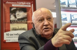 """(FILES) In this file photo taken on October 10, 2017 former head of the USSR Mikhail Gorbachev speaks during the presentation of his book """"I Remain an Optimist"""" at a book store in Moscow. - The last Soviet leader Mikhail Gorbachev issued on February 13, 2019 a stinging criticism of Washington, accusing it of misleading the world and seeking to gain militarily superiority at the expense of international security. (Photo by Vasily MAXIMOV / AFP)"""