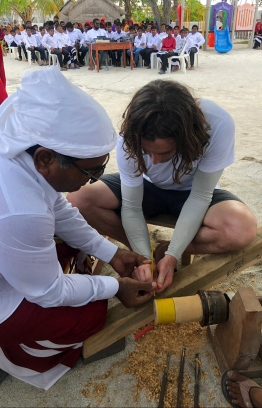 Team members participate in the traditional lacquer work process at Thulhaadhoo Island. PHOTO: STAND UP FOR OUR SEAS