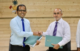 State Minister for Housing Ahmed Nasheed and Premier Chambers' Senior Associate Dr Mohamed Ibrahim. PHOTO: MINISTRY OF HOUSING AND URBAN DEVELOPMENT