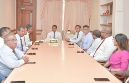 Vice President Faisal Naseem (C) meets with the board members of Maldives Association of Construction Industries (MACI). PHOTO/PRESIDENT'S OFFICE
