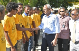 President Ibrahim Mohamed Solih is warmly greeted by MDP supporters upon his arrival at F.Bilehdhoo. PHOTO/MDP