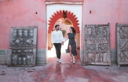 Best-selling author Amber Rae and Farhad Attaie. PHOTO: LUX* SOUTH ARI ATOLL