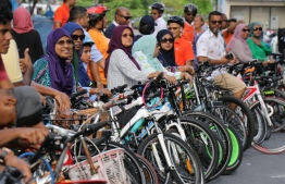 Participants of the 'Saafu Vayah Bicycle' event to mark World Environment Day 2019 which started off at Hulhumale' Ferry Terminal. PHOTO; ENVIRONMENT MINISTRY