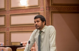 Ungoofaaru parliamentarian Ali Waheed submitted an emergency motion against former president Abdulla Yameen Abdul Gayoom. PHOTO: PARLIAMENT