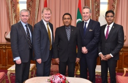 Former President Abdualla Yameen Abdul Gayoom and Ian Paisely (on Yameen's right) with British-Maldives All Party Parliamentary Group. PHOTO: MIHAARU FILES