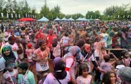 Participants of Ooredoo Colour run in Addu. PHOTO: OOREDOO MALDIVES