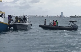 Maldives National Defence Force divers search for missing fisherman. PHOTO: MIHAARU.