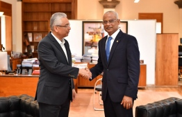 President Ibrahim Mohamed Solih and Prime Minister of Mauritius Pravind Jugnauth noted during their meeting that island nations such as Maldives and Mauritius should always remain mindful of the mutual challenges they face and aspire to speak with a collective voice. PHOTO: PRESIDENT'S OFFICE.