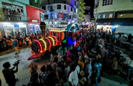 Independence Day festivities brighten the streets of capital city Male' with floats and performers on July 27. PHOTO: HUSSAIN WAHEED/MIHAARU.