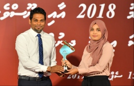 Fazeena Ahmed, of Mihaaru, wins the award for Politics (Print and Online Newspaper) at the Maldives Journalism Awards 2018, on September 15, 2019.
