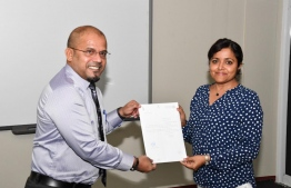 Elections Commission President Ahmed Shareef and Minister of Arts, Culture and Heritage Yumna Maumoon. PHOTO: MALDIVES REFORM MOVEMENT
