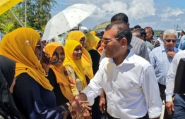 Mohamed Nasheed being received by supporters of Maldivian Democratic Party (MDP) upon his arrival at Addu. PHOTO: MDP