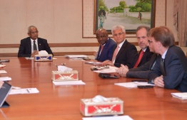 President Ibrahim Mohamed Solih (R) meets with a delegation of World Bank. PHOTO/PRESIDENT'S OFFICE
