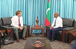 Chargé d'Affaires of the European Union to Maldives, Thorsten Bargfrede (L), meets Foreign Minister Abdulla Shahid. PHOTO/FOREIGN MINISTRY