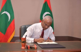 President Ibrahim Mohamed Solih ratifies the eighth amendment to the Decentralisation Act, granting financial empowerment to local councils. PHOTO/PRESIDENT'S OFFICE
