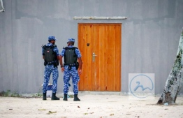 Police Officers conducting their operation in Madduvvari, Raa Atoll. PHOTO: MADDUVVARI ONLINE