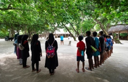 Rai speaking to local students from neighboring islands, during their visit to Soneva Fushi Resort for a surf lesson. PHOTO: JULIA NEESON