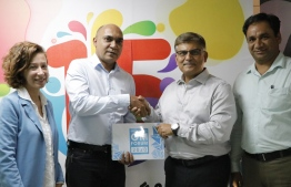 Hotelier Maldives sign on Ooredoo Maldives as the Title Sponsor of the GM Forum 2020. PHOTO/OOREDOO MALDIVES